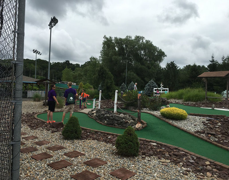 Torza's Golf, Batting Cages, and Mini Golf